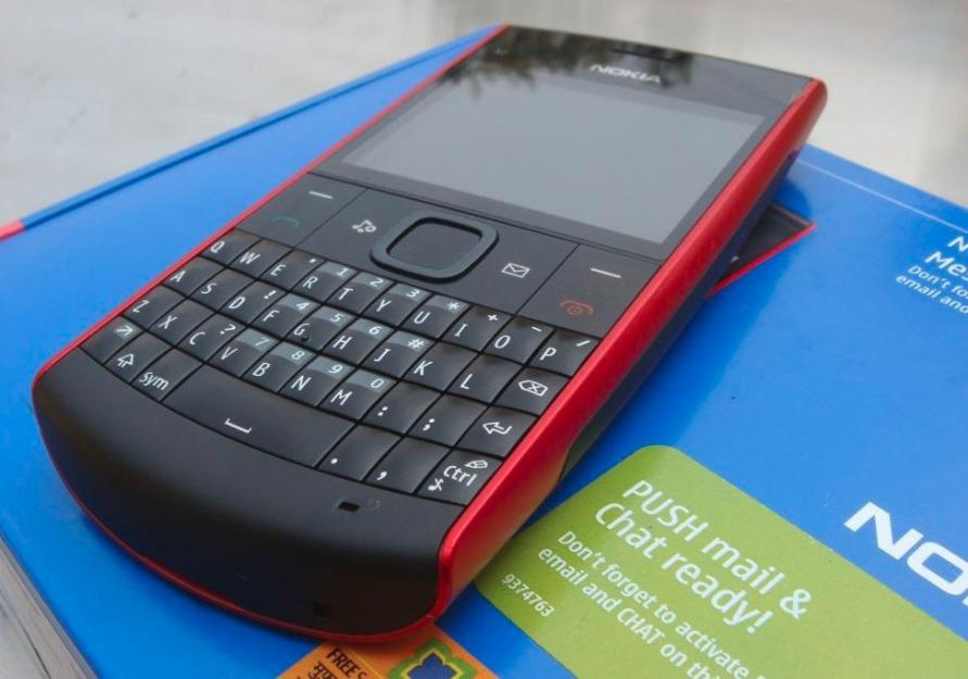 Nokia X2-01 Color Red Black Qwerty photo