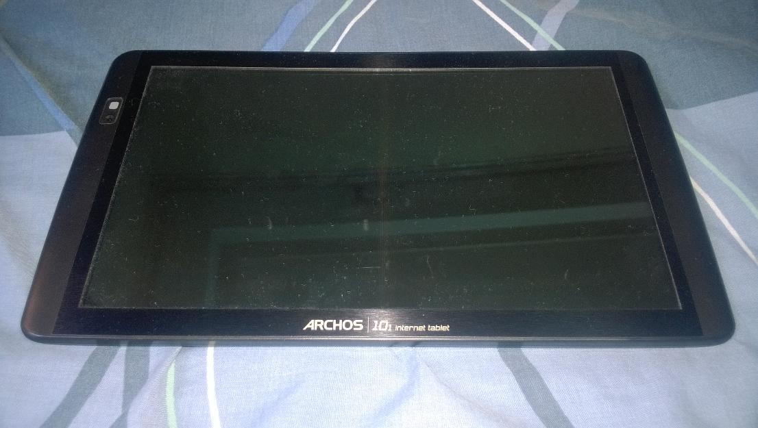 ARCHOS 101 Android Tablet with FREE 8GB Micro SD card photo