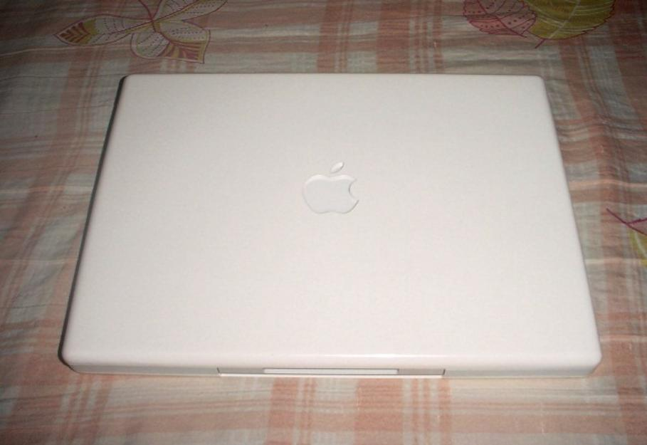 Apple Mac iBook LapTop photo