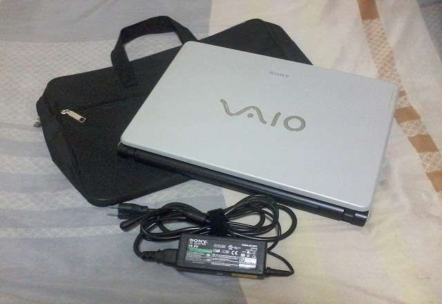 Sony Vaio VGN-FS30B Laptop photo