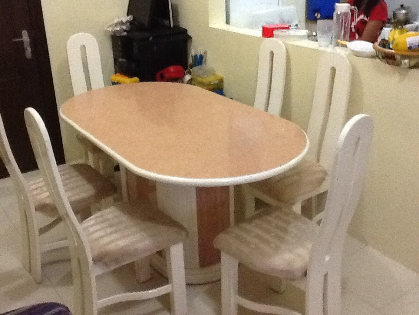 6 sitter dining table photo
