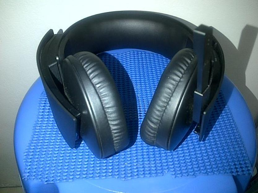 Sony wireless headphones PS3 cechya-0080 photo