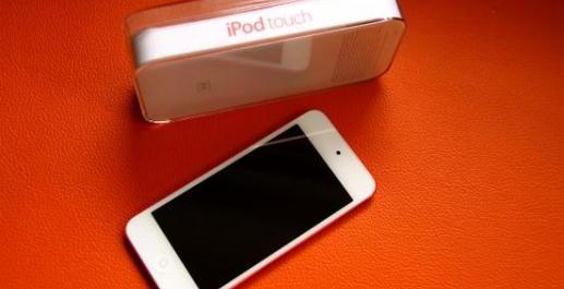 Apple iPod Touch 5th Generation photo