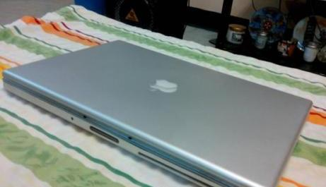 Macbook Pro 3.2 Core2Duo photo