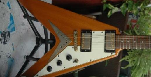 Epiphone by Gibson 1958reissue FlyingV Korina cstmShop photo