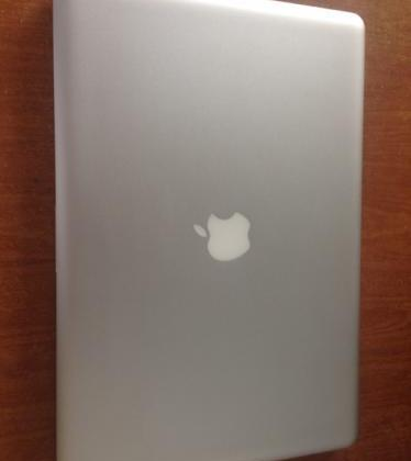 Macbook Pro 15 Inch Core i5 photo