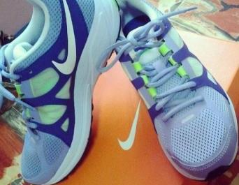 Authentic Nike Zoom Elite+ Running Shoes photo