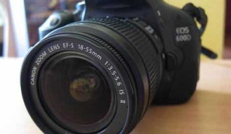 CANON 600D 18-55mm 18mp 1080pHD Hdmi LiveView photo