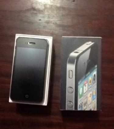 Iphone 4 16GB Black Complete Smooth photo