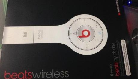 Beats Wireless Headset photo