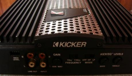 kicker impulse ix402 brigeable amplifier photo