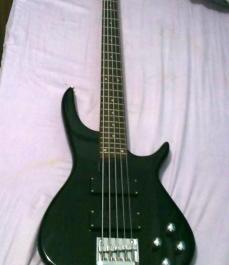 Black Global Bass Guitar photo