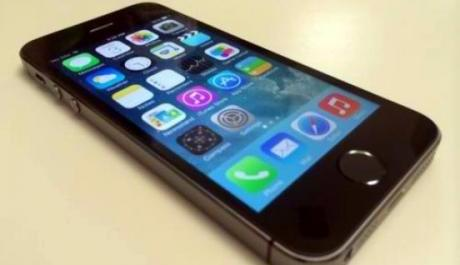 Apple iPhone 5s 16GB Black Complete Openline via r sim smooth photo