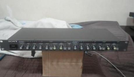 Sony Compressor-expander SRP-L210 photo