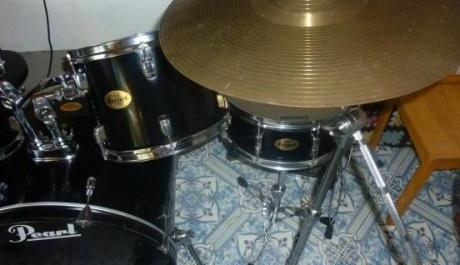 Drumset Pearl complete w Cymbals Ready to use photo