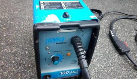 Cigweld 100amp Gasless Mig Welding Machine photo