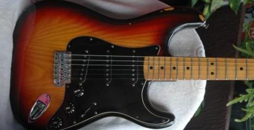 Fender Strat USA 1978 sunburst flamed ASH photo