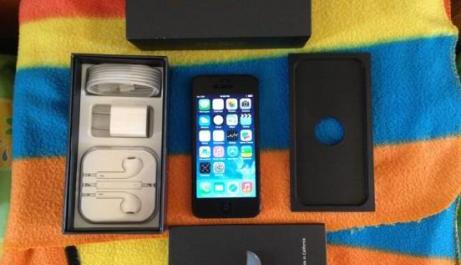 Iphone 5 Globe Locked 16GB Complete photo