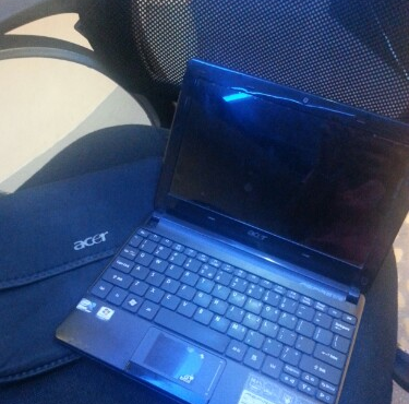 Acer Netbook D257 photo