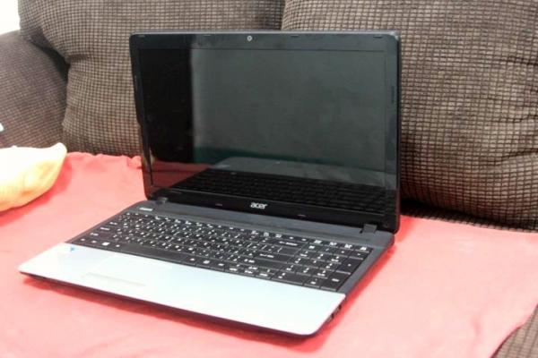 Acer Laptop with 17 Inches HD LCD photo