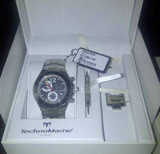 Technomarine TMY Magnum Stainless Steel Stap photo