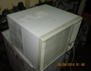 Kelvinator Window Type Aircon photo