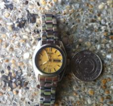 SEIKO 5 gold dial automatic watch photo