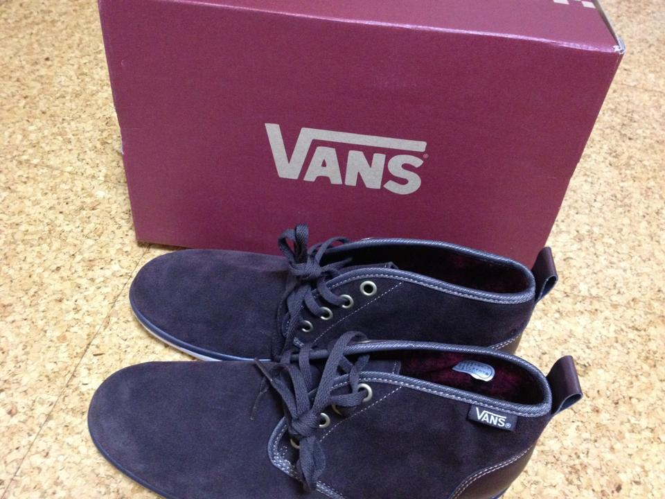 Vans Black edition photo