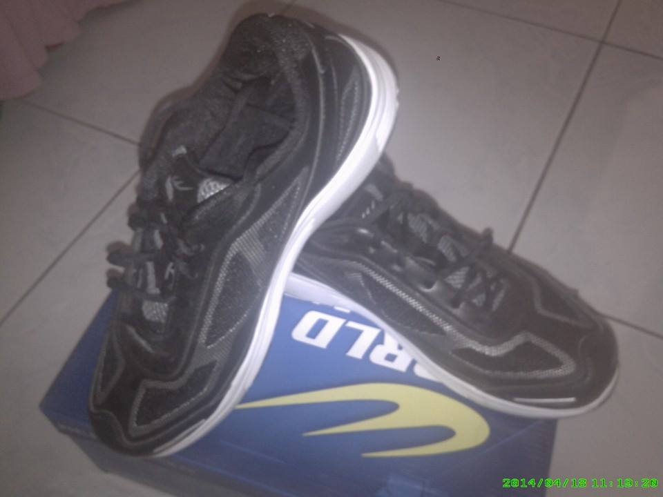 power extreme world balance running shoes photo