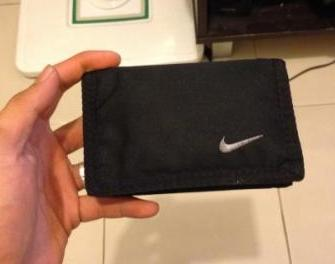 NIKE basic wallet photo