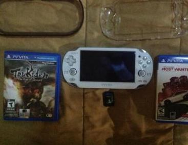 PS VITA 3G WiFi White 32GB 3Games photo