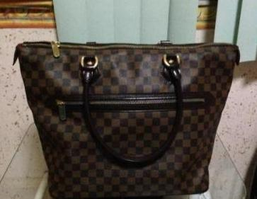 Authentic Louis Vuitton Saleya GM photo