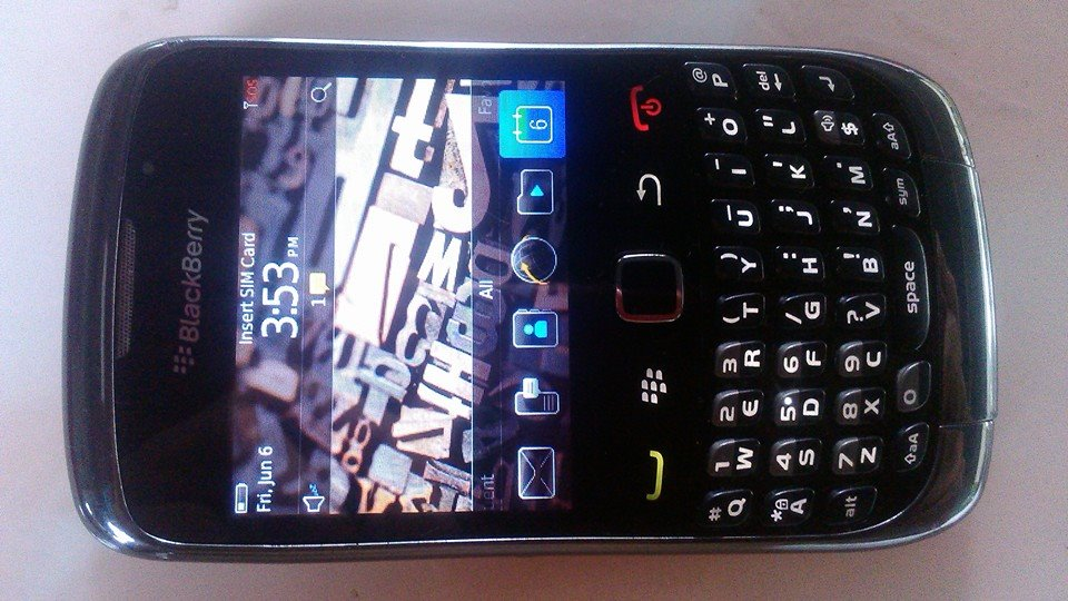 Blackberry Curve 9300 UNIT ONLY photo