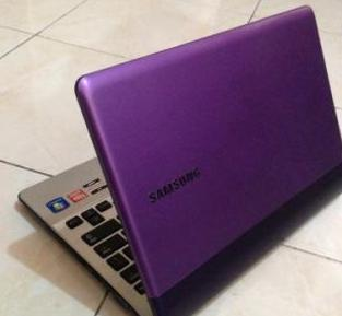 Samsung 305U1A Netbook Laptop PURPLE 12inch photo