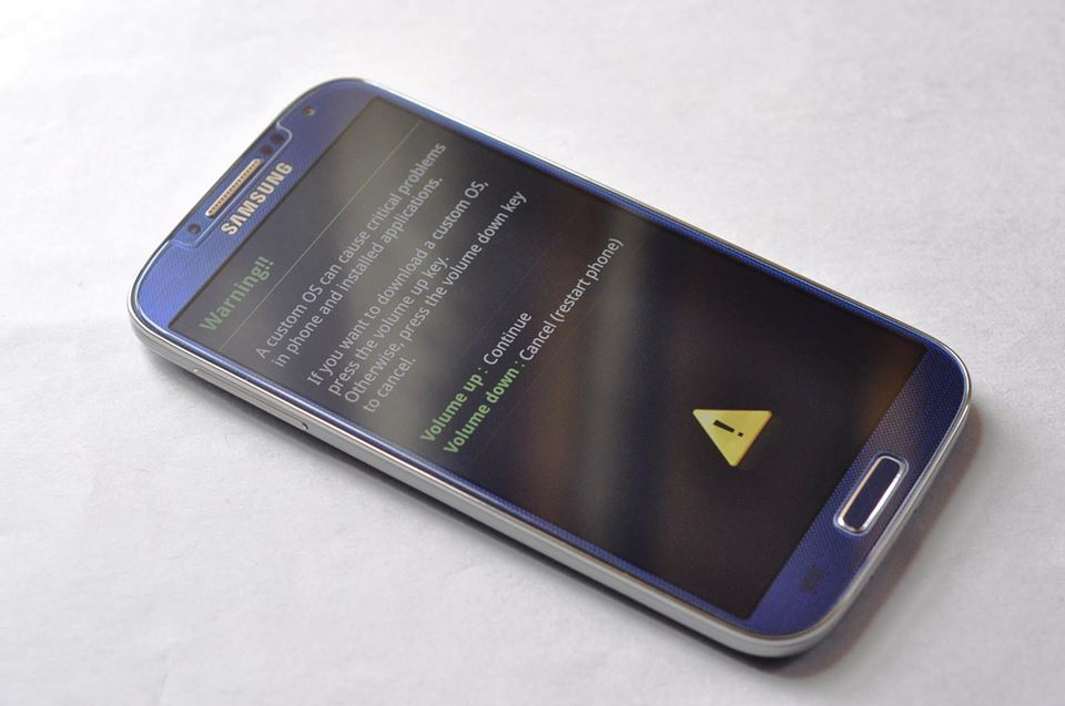 Samsung Galaxy S4 I9505 Blue 4G LTE 16GB photo