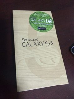 Selling Samsung galaxy S5 black photo