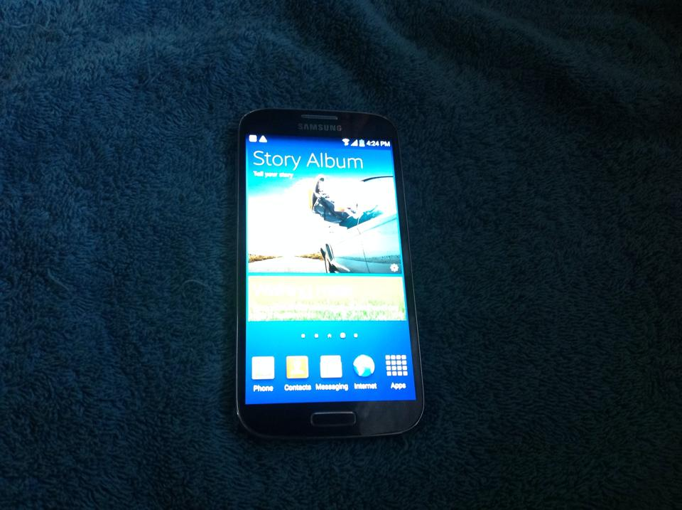 Samsung galaxy s4 i9505 photo