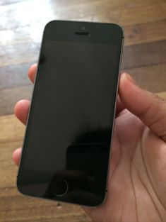 Original iPhone 5s 16Gb photo