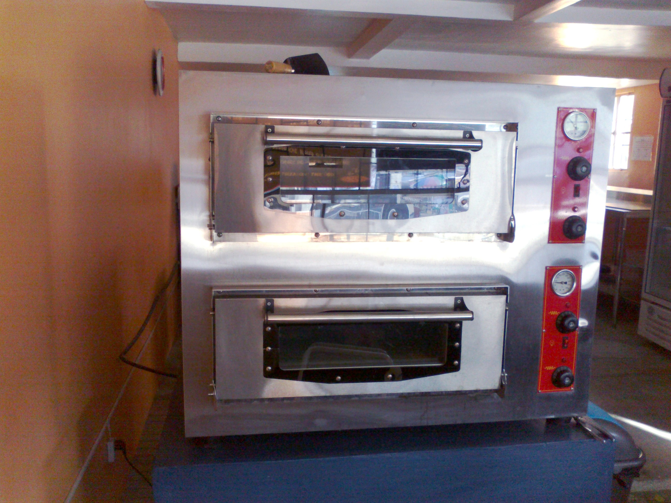 2-Deck Pizza Oven - Commercial Oven photo