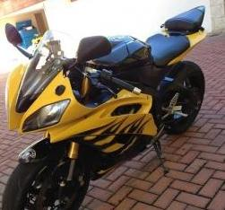 2009 Yamaha R6 (yellow) photo