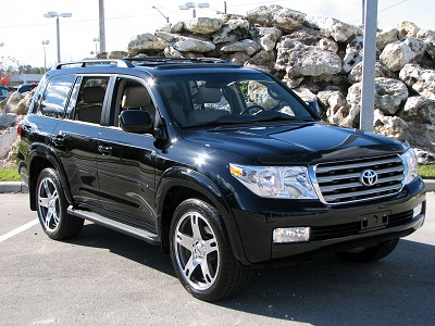 2011 Toyota Land Cruiser GXR 5.7 Liter V8 photo