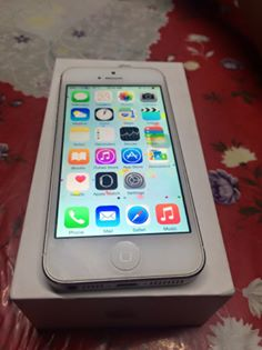 iPhone 5 16gb Factory Unlocked Semi Complete photo