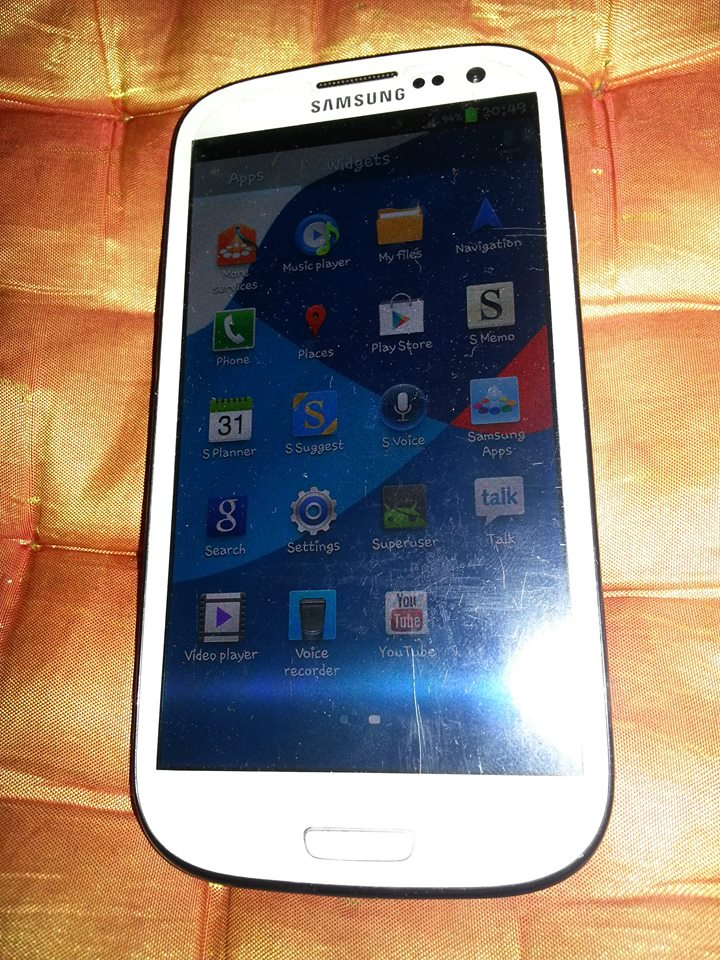 samsung s3 gt-i9300 16gb openline photo