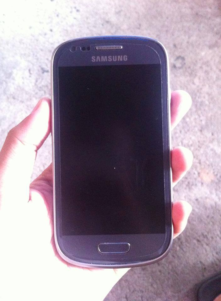 Samsung s3 mini photo