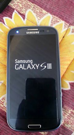 Samsung s3 (32gb) photo