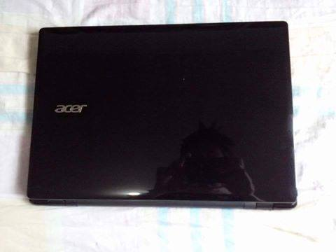 ACER E14 Laptop photo