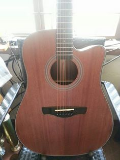 Thomson Acoustic Guitar Dreadnaught photo