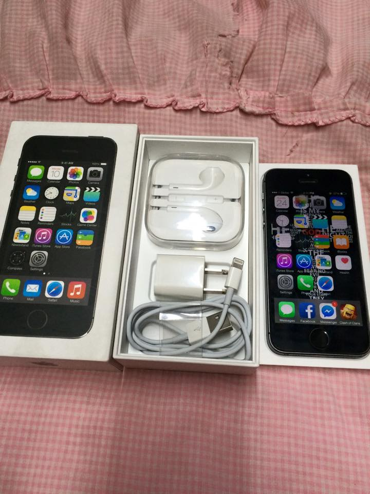 iPhone 5s 16gb Factory Unlocked Spacegray Complete photo