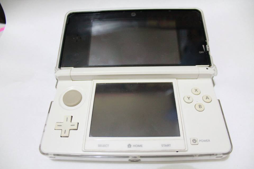 Nintendo 3ds WHITE JP CFW photo