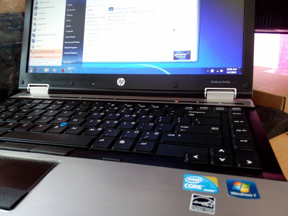 Hp intel core i5 2.53ghz 14.1 wide screen photo